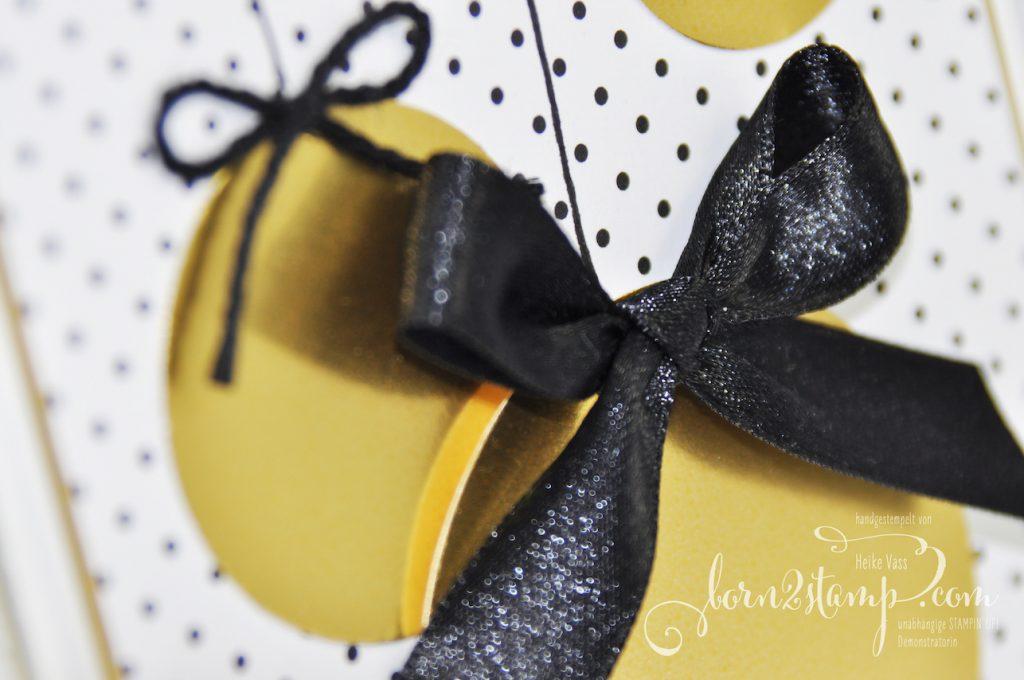 born2stamp STAMPIN' UP! INKSPIRE_me Weihnachts-Special - Weihnachtskarte - Weihnachtshirsch - Goldfolie - DSP Schmetterlingsvielfalt